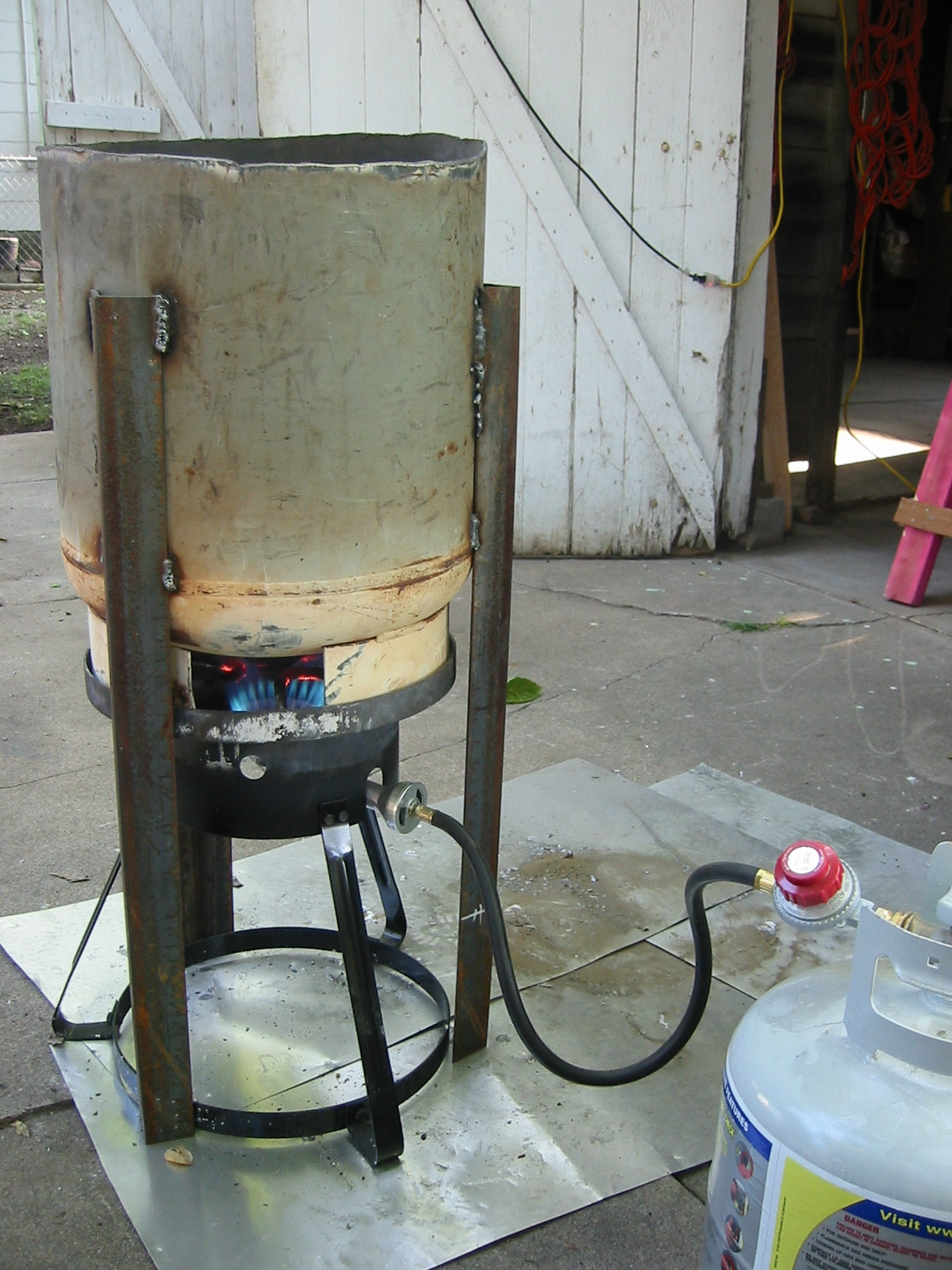 Diy Metal Furnace : Homemade propane melting furnace ftempo